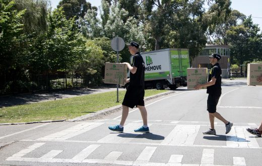 image showing melbourne removalists in the suburbs carrying out a move